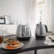 Чайник Delonghi KBI2001.S: фото 2