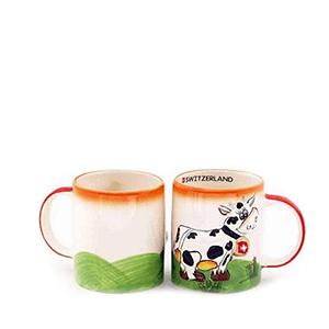 Чашка цветная с тиснением коровы